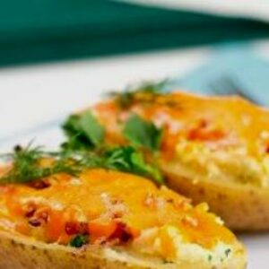 Что приготовить на ужин из картошки — картофель с сыром и беконом