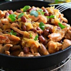 Минимум продуктов и готово блюдо из куриного филе с вкусным салатиком