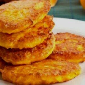 Рецепты тыквенных оладушек — удовольствие для всех
