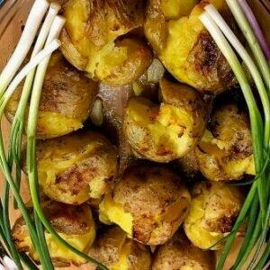 Как запечь молодой картофель — самый простой способ